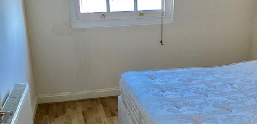 1 Bed Flat Crystal Palace SE19