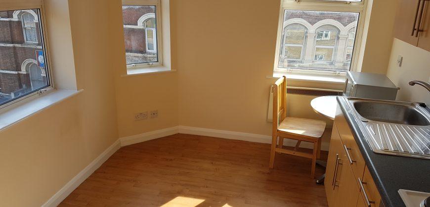 Studio Flat Jennings Court Finsbury Park N4