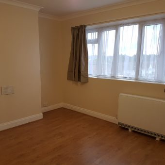 3 Bed Flat Coles Green Rd NW2