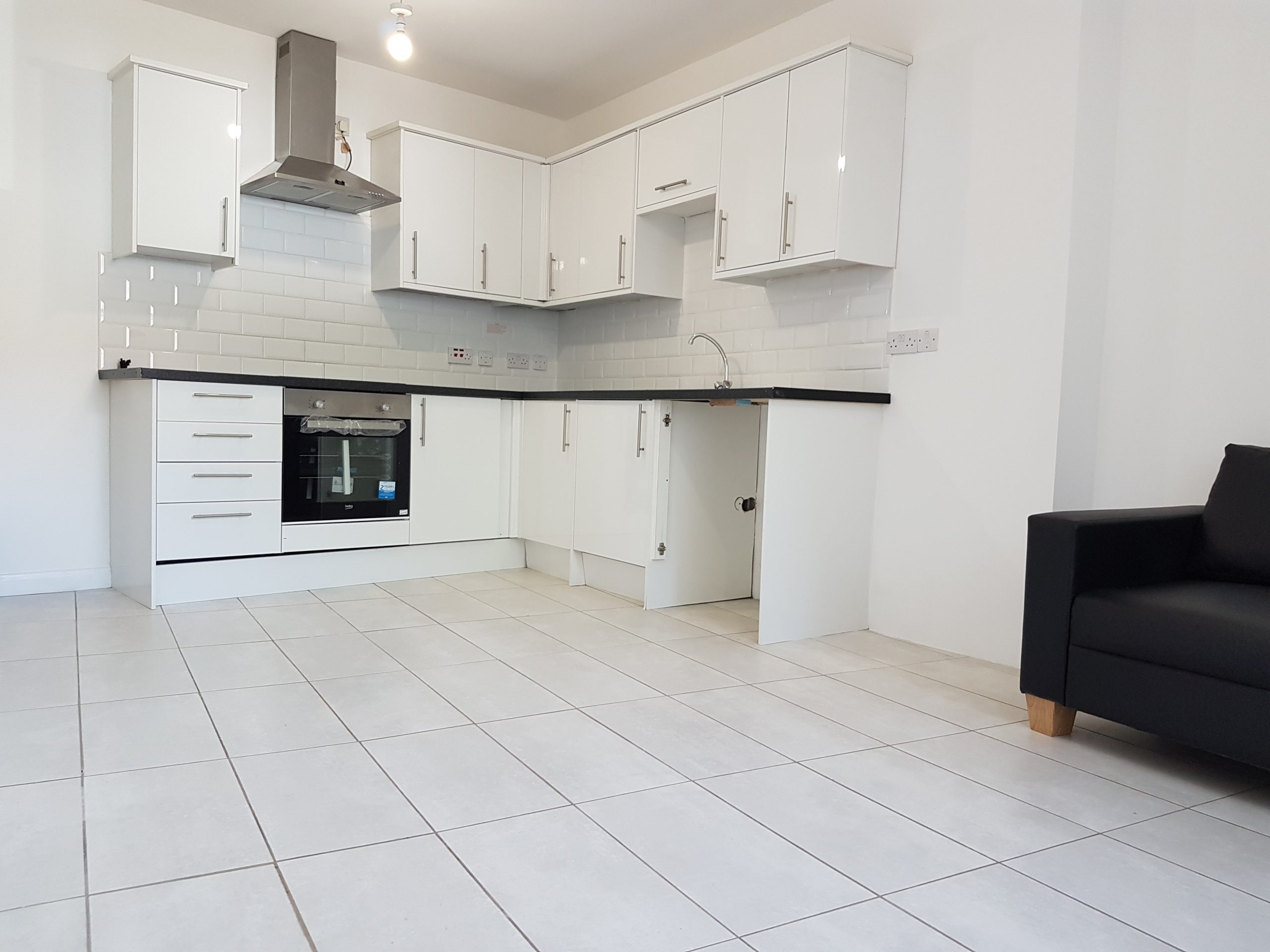 3 Bedroom Flat High Road N17