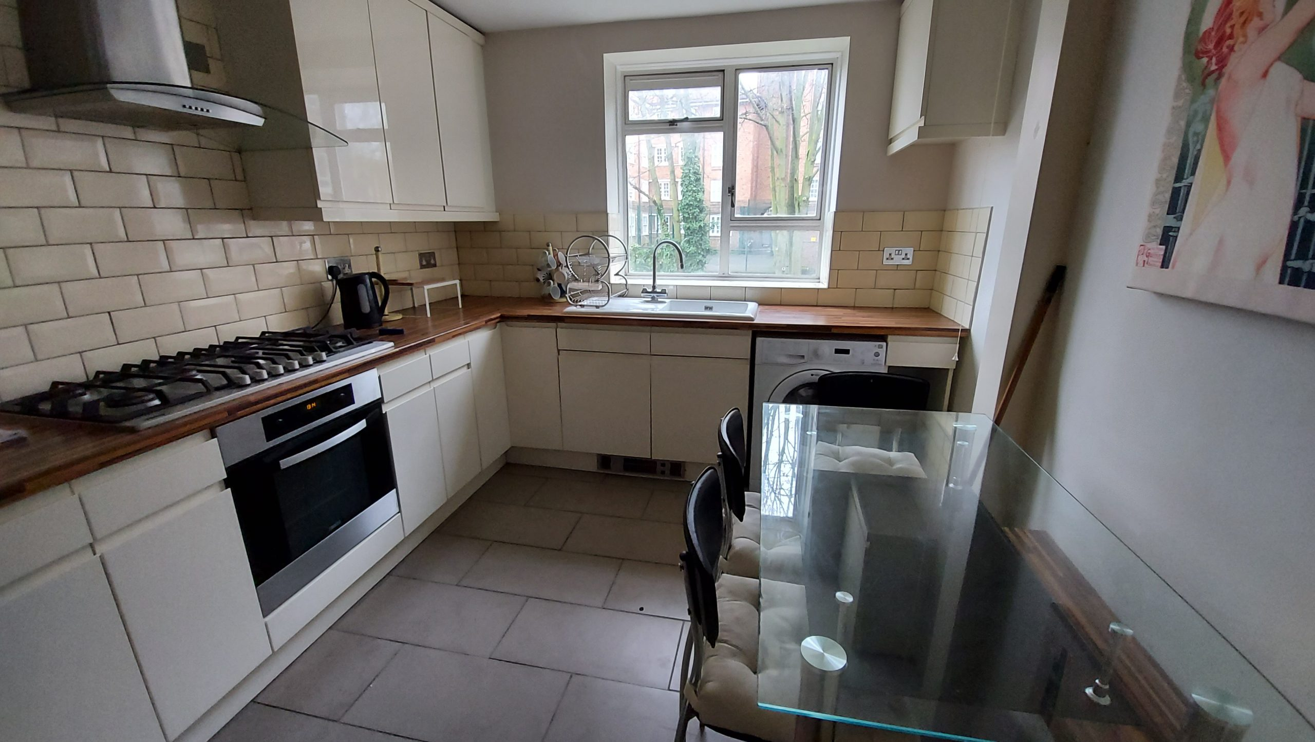 3 Bedroom Flat Goodrich House Amhurst Park N16 5AW