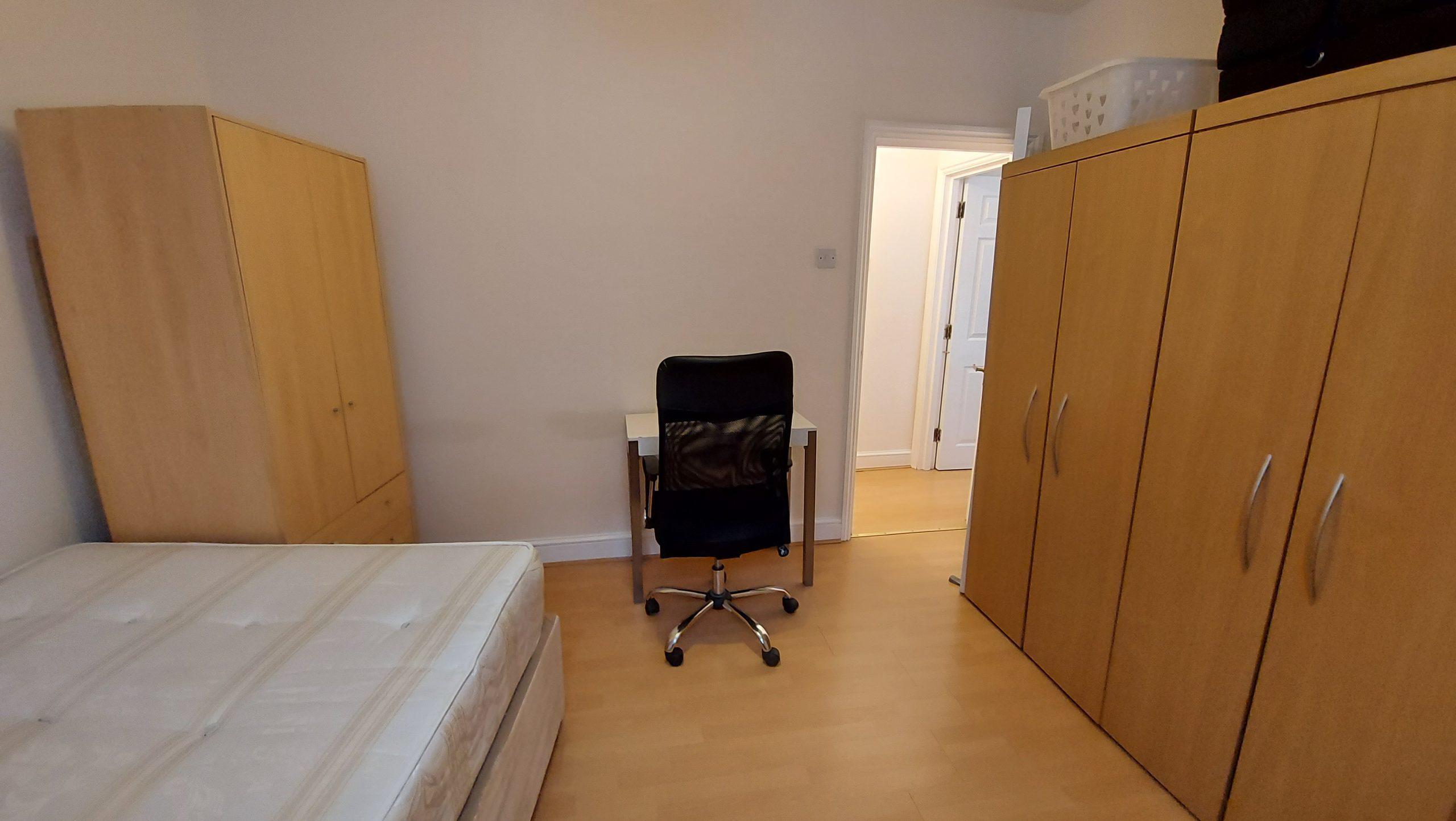 1 Bed Flat Farringdon Road EC1R 3AL